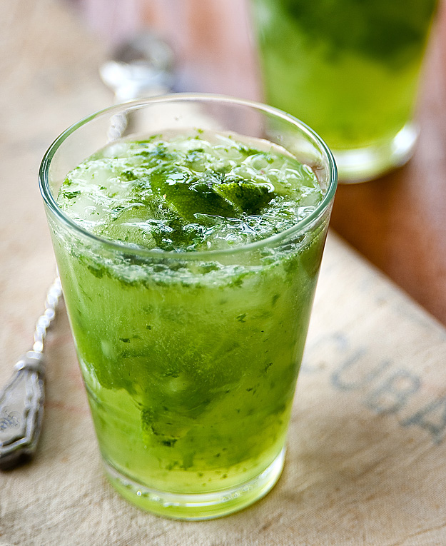 The drink of choice for Sam Axe: The Minty Mojito.  (3/3)